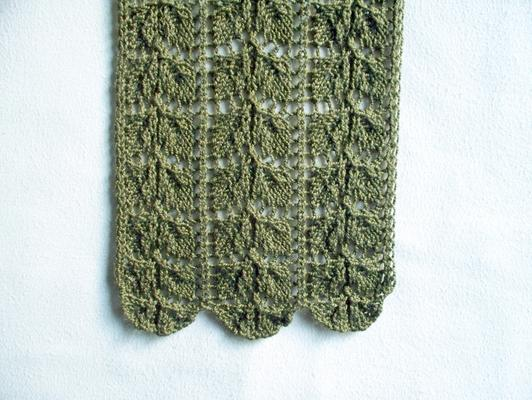 Double Rose Leaf swatch photo