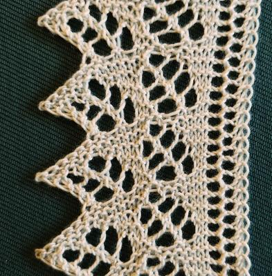 Double Fern Edging swatch photo